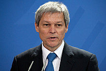 Angela Merkel receives the Prime Minister of Romania Dacian Cioloș