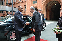Klaus Wowereit receives the King and the Queen of Lesotho