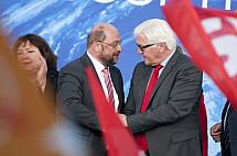 Martin Schulz Campaigns For European Parliament at Alexanderplatz