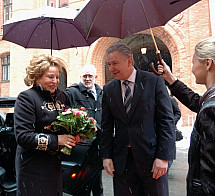 Klaus Wowereit receives the director of the Russian Federation