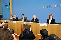 Press conference of Wolfgang Shäuble and Philipp Rösler