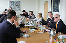 The Secretary-General of the CDU Peter Tauber meets the VAP association