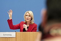 Press conference of Manuela Schwesig and Heiko Maas