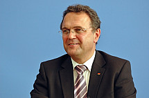 Press conference of Minister Hans-Peter Friedrich