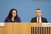 Press conference of Thomas de Maizière and Andrea Nahles