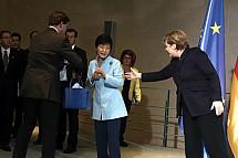 Angela Merkel receives the President of South Korea Park Geun-hye